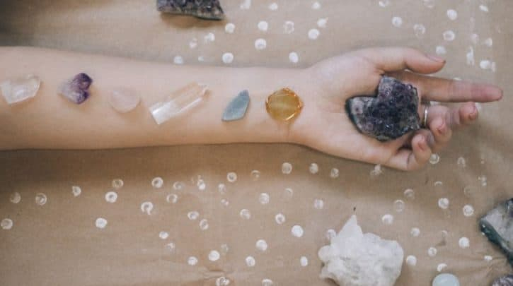 How to Meditate with Chakra Stones A Quick Guide