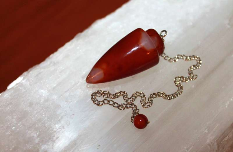 Tips for using a chakra pendulum